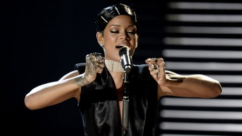 """Rihanna performs her single """"Diamonds."""" Afterward, her mother presented her with the first-ever Icon Award."""