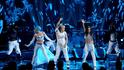 """From right, Chilli and T-Boz of TLC perform their song """"Waterfalls"""" with Lil Mama filling in for the late Lisa """"Left Eye"""" Lopes."""