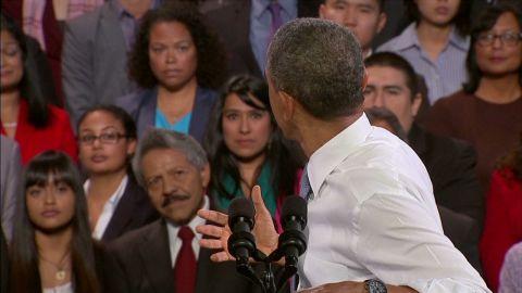 sot obama gets heckled at reform speech_00011305.jpg