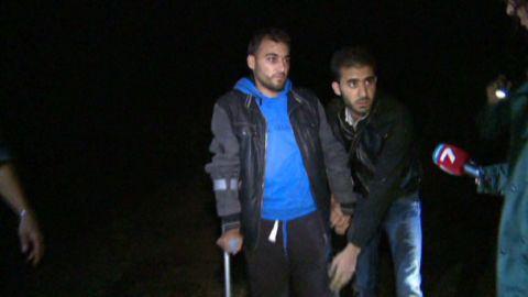 pkg shubert bulgaria wall syrian refugees_00001019.jpg