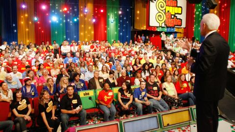 """Barker addresses the studio audience during his last taping of """"The Price Is Right"""" in 2007. He was retiring after a 35-year run."""
