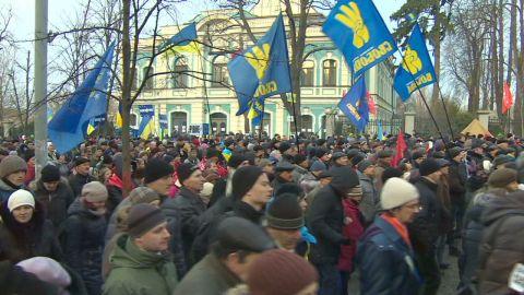pkg black ukraine face of revolution_00001008.jpg