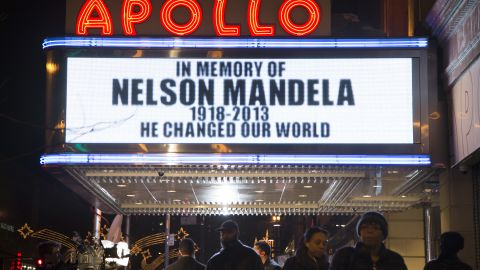 The marquee at New York's Apollo Theater honors Mandela on December 5.