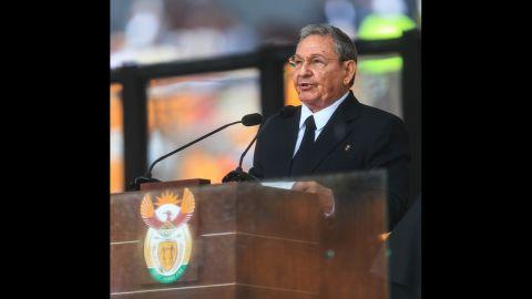 Cuban leader Raul Castro addresses the state memorial service for Mandela.