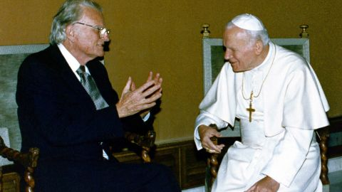 """Pope John Paul II meets with Graham at the Vatican in 1993. Graham had often been called the """"Protestant Pope."""""""
