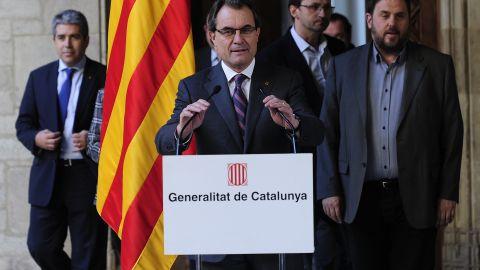 Catalan regional president Artur Mas speaks during a press conference on December 12, 2013 in Barcelona.