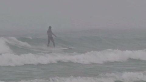 surfing lake michigan in december_00011707.jpg