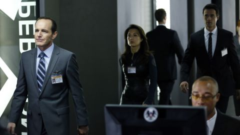 """<strong>Loser: Marvel's """"Agents of S.H.I.E.L.D."""" </strong>-<strong> </strong>Commercially, ABC's """"Agents of S.H.I.E.L.D."""" started out well. But it hasn't broken out despite the fanboy buzz, and critics are hoping for improvement. It better hope there aren't more Victoria's Secret fashion shows in the future."""