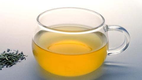 The brew contains a plant compound called EGCG, which promotes fat-burning, research suggests.