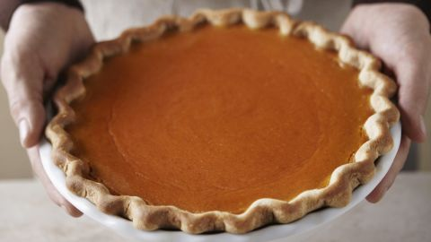 """Don't let the pies fool you. One cup of this good-for-you gourd contains a mere 46 calories and 3 grams of fiber, according to the USDA. Plus, pumpkin is an excellent source of the antioxidant beta-carotene, which fights the oxidative stress and inflammation in the body that's linked to increased fat storage, Gidus says. <br /><br /><a href=""""http://www.health.com/health/gallery/0,,20733895,00.html"""" target=""""_blank"""" target=""""_blank"""">Health.com: Best and worst pumpkin-flavored treats</a>"""
