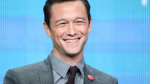 """Joseph Gordon-Levitt loves French culture and knows<a href=""""https://www.youtube.com/watch?v=_SIZKabFLAM"""" target=""""_blank"""" target=""""_blank""""> how to communicate in the language</a>."""