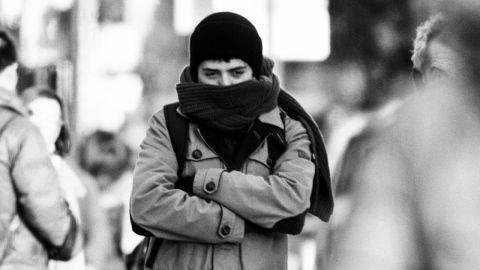 Residents braves 15 degrees in Manhattan on January 3, 2014.