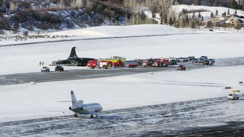 The pilot of the twin-engine jet earlier reported high winds during a previous attempt to land, according to a recording of the air traffic control radio transmission.