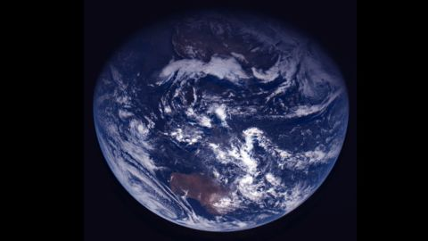 After its closest approach to Earth in November 2007, Rosetta captured this image of the planet.