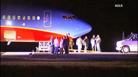 sot mo plane landed wrong airport_00002717.jpg