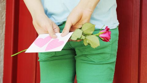 Even small gestures can make a difference in a romantic relationship.