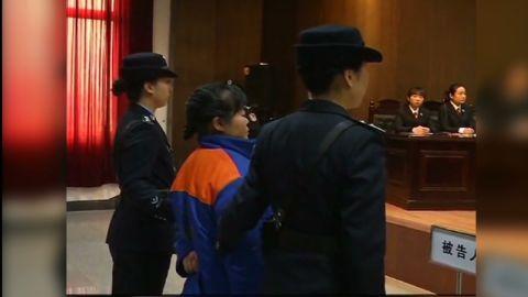 vo china baby trafficking doctor death sentence_00004224.jpg