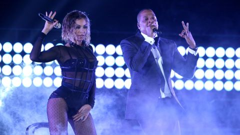 """To start the show, Jay-Z joins his wife, Beyonce, for a rendition of her song """"Drunk in Love."""""""