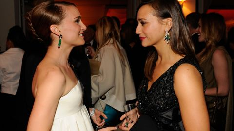 """Rashida Jones, right, knows she can count on her friend Natalie Portman for all the really important things, such as what to expect when kissing a gal pal on camera. Jones' BFF Portman, who'd practiced in 2010's """"Black Swan,"""" <a href=""""http://www.accesshollywood.com/rashida-jones-dishes-on-kissing-zooey-deschanel-in-our-idiot-brother-reveals-love-scene-advice-from-natalie-portman_article_51963"""" target=""""_blank"""" target=""""_blank"""">gave Jones advice</a> for her role as a gay woman in 2011's """"My Idiot Brother."""""""