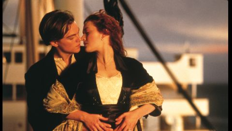 """A bartender in Sweden is a dead ringer for """"Titanic"""" star Leonardo DiCaprio, here  with Kate Winslet."""