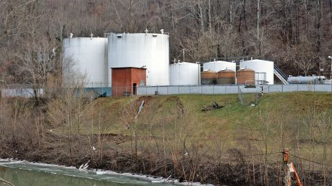 On January 9, more than 7,000 gallons of 4-methylcyclohexane methanol leaked into the Elk River from a Freedom Industries storage tank, leaving about 300,000 people unable to drink or bathe for several days.