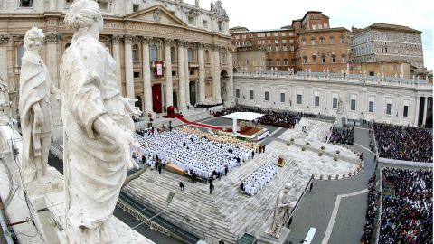 People gather during the end of the Solemnity of Christ the King in St. Peter's square on November 24, 2013 in Vatican City, Vatican.
