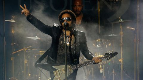 """Lenny Kravitz is the son of Roxie Roker, who played Helen Willis on the TV sitcom """"The Jeffersons,"""" and NBC news producer Sy Kravitz. """"I knew that my father physically looked different from my mother, but that wasn't an issue to me,"""" Lenny Kravitz said on <a href=""""http://www.huffingtonpost.com/2013/05/30/lenny-kravitz-race-biracial_n_3355448.html"""" target=""""_blank"""" target=""""_blank"""">Oprah's """"Master Class</a>."""" """"People look different.""""<br />"""