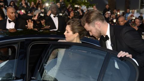 """<a href=""""http://www.gossipcop.com/justin-timberlake-thanks-jessica-biel-peoples-choice-awards-video-acceptance-speech/"""" target=""""_blank"""" target=""""_blank"""">Justin Timberlake on the importance of details</a>: """"My beautiful wife (taught me) patience and the little things, like just putting the dishes in the dishwasher. It goes a long way. Fellas, you're welcome."""""""