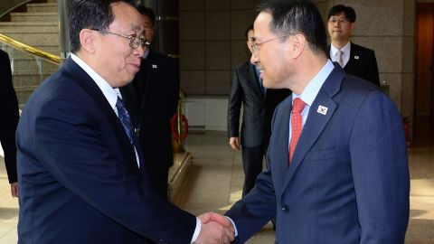 """Head of the North Korean high-level delegation Won Tong Yon (L) shakes hands with his South Korean counterpart Kim Kyou-hyun (R) prior to their talks at the truce village of Panmunjom in the Demilitarised Zone (DMZ) on February 12, 2014. North and South Korean officials held their highest level talks for years, seeking to thrash out common ground for improving ties despite a row over looming South Korea-US military drills. REPUBLIC OF KOREA OUT AFP PHOTO / UNIFICATION MINISTRY / YONHAP ----EDITORS NOTE---- RESTRICTED TO EDITORIAL USE - MANDATORY CREDIT """"AFP PHOTO / UNIFICATION MINISTRY / YONHAP"""" NO MARKETING NO ADVERTISING CAMPAIGNS - DISTRIBUTED AS A SERVICE TO CLIENTSUNIFICATION MINISTRY/AFP/Getty Images"""