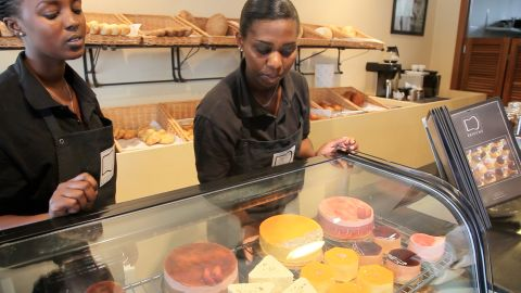 The store, which opened its doors last May, offers a wide variety of cakes, pastries and sandwiches.