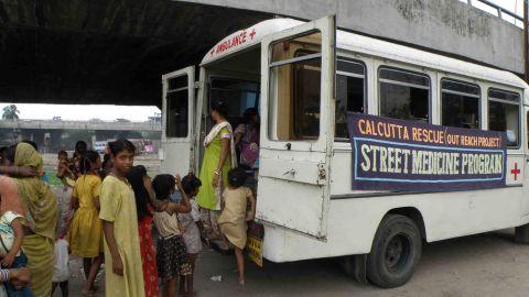 The Street Medicine Institute is put to action in Calcutta.