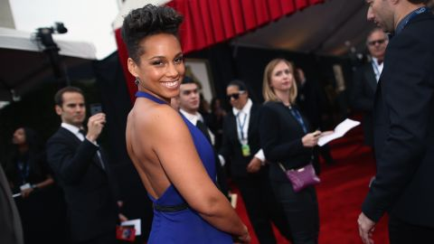 """Singer Alicia Keys' mother is mainly of Italian heritage and her father is black. """"My background made me a broad person, able to relate to different cultures,"""" she told The Observer in 2003. """"But any woman of color, even a mixed color, is seen as black in America. So that's how I regard myself."""""""
