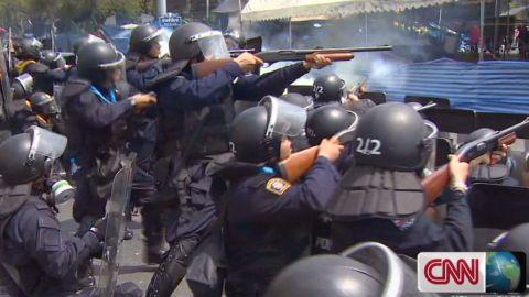 ns pkg mohsin thailand violent clashes_00002928.jpg