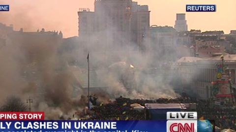 lklv paton walsh ukraine unrest_00004807.jpg