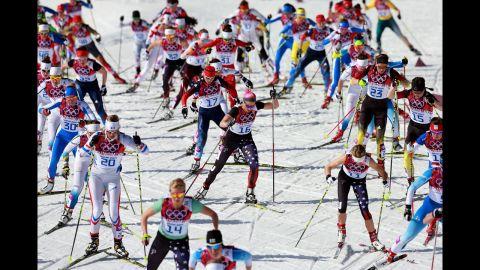 Mass start for the ladies' 30-kilometer cross country on February 22.