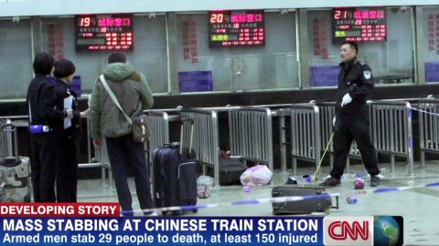 cnni mann china knife attack_00005728.jpg