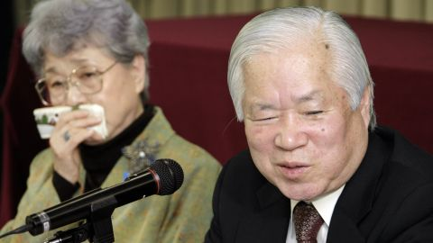 Sakie (l) and Shigeru Yokota, seen in this 2007 photograph, traveled to Mongolia to meet their granddaughter and her family