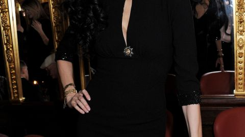 """Famed fashion designer <a href=""""http://www.cnn.com/2014/03/17/showbiz/celebrity-news-gossip/lwren-scott-designer-obit/index.html"""">L'Wren Scott was found dead Monday, March 17, 2014 of an apparent suicide</a> in her New York City apartment, a law enforcement official familiar with the investigation told CNN. Scott's creations were popular with Madonna, Christina Hendricks and other stars as well as the public who patronized her Banana Republic line introduced in late 2013. Scott was 49."""