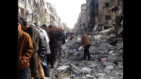The U.N. Relief and Works Agency for Palestine Refugees in the Near East delivered humanitarian aid packages to the Yarmouk refugee camps in Syria on Friday, March 21.
