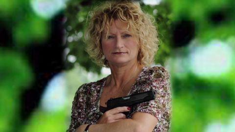 pkg people magazine rejects woman gun photo_00003316.jpg