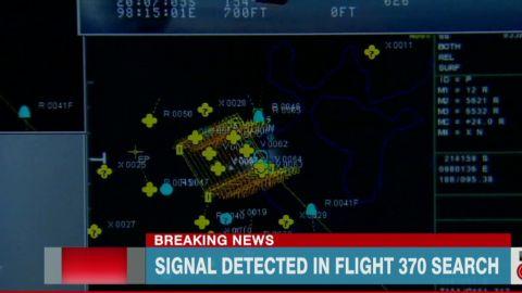 newday mclaughlin australian plane new signals_00004610.jpg