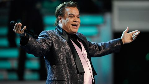 """Mexican music icon<a href=""""http://www.cnn.com/2016/08/28/entertainment/latin-american-music-icon-juan-gabriel-dead/index.html""""> Juan Gabriel, </a>who wooed audiences with soulful pop ballads that made him a Latin American music legend, died August 28 at the age of 66."""