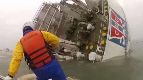 vo south korea ferry rescue water level view _00000101.jpg