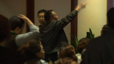 malaysia 370 chinese families angry watson pkg_00020124.jpg