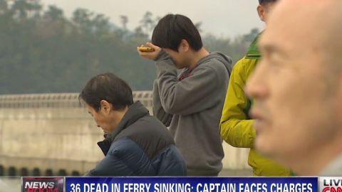 pkg lah 36 dead in south korea ferry sinking_00021028.jpg