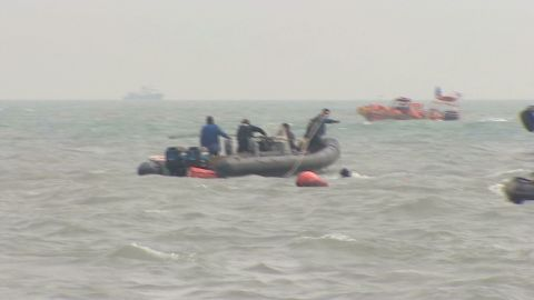 Divers Keep Hope Alive_00004702.jpg