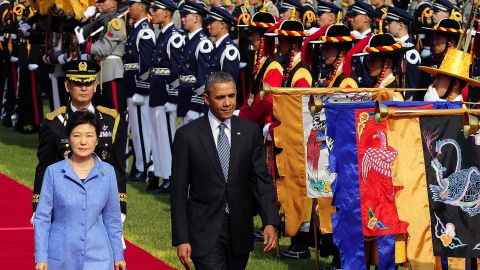 Obama and South Korean President Park Geun-Hye attend a welcoming ceremony at the presidential Blue House on Friday, April 25, in Seoul.
