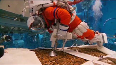 vo NASA astronauts on asteroid simulator _00010724.jpg