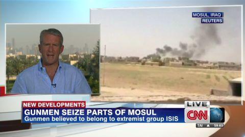 nr vo roberston militants take control mosul iraq_00005418.jpg