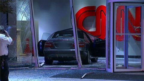 vo mercedes crashes into cnn center_00000011.jpg